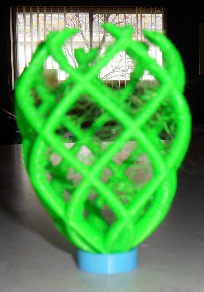 3D Printed Easter Eggs | CY's Tech Talk